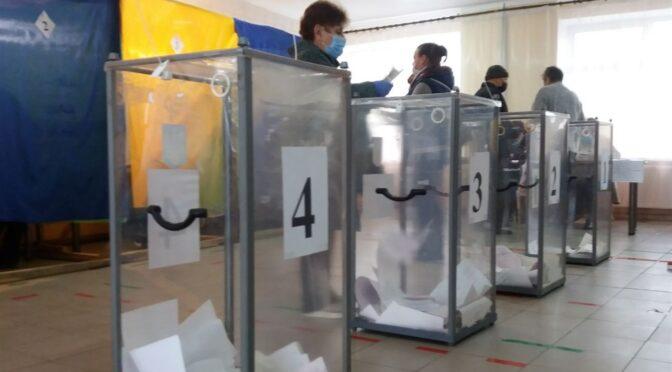 Явка виборців станом на 14.00 вища за 14%