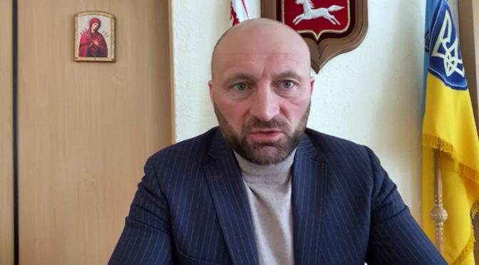 Анатолій Бондаренко в прямому ефірі розповів про стан доріг та бюджет розвитку