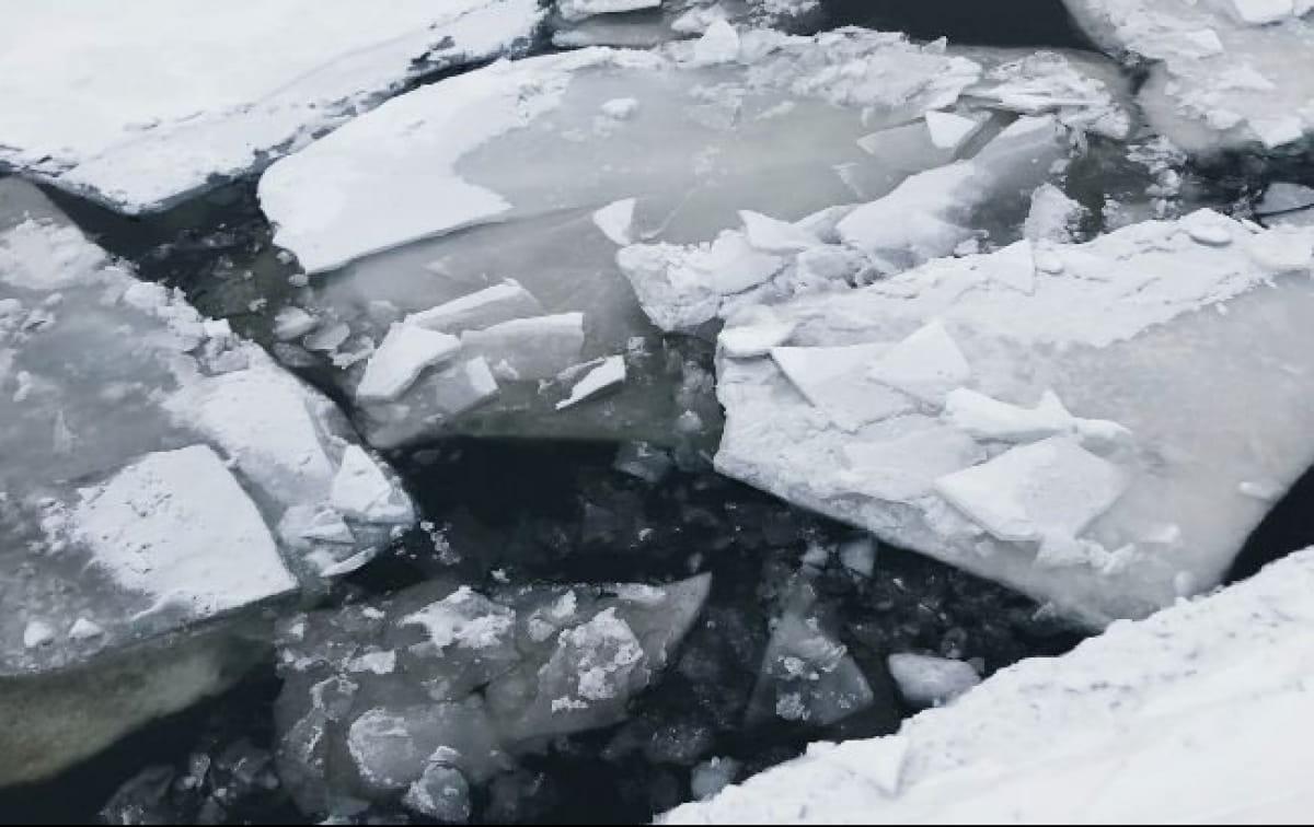 провалився під лід