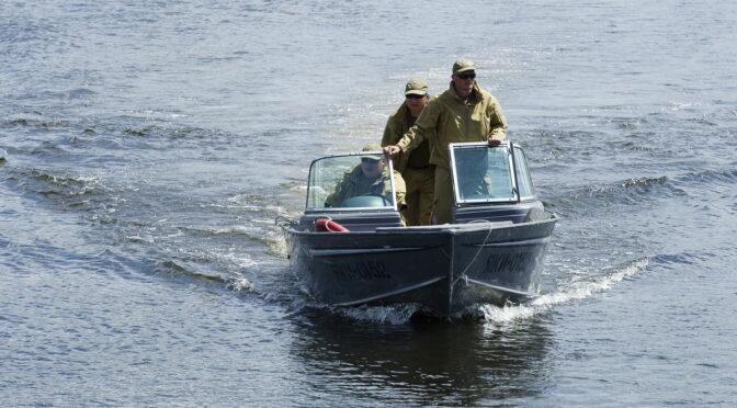 Протягом ночі водний патруль упіймав двох браконьєрів з незаконним уловом