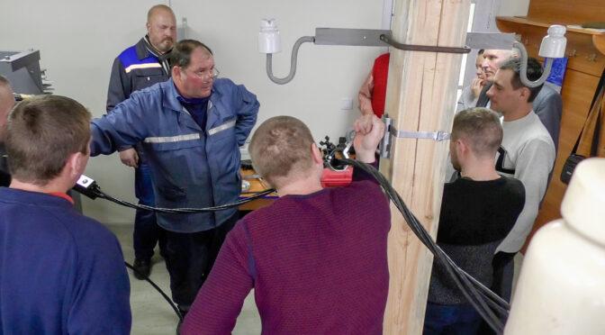 Електромонтерів ПАТ «Черкасиобленерго» навчають сучасним технологіям