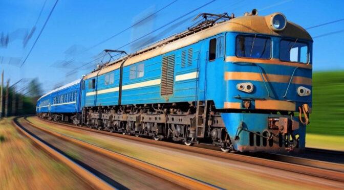 Потяг «Черкаси – Київ» на великодні свята курсуватиме частіше
