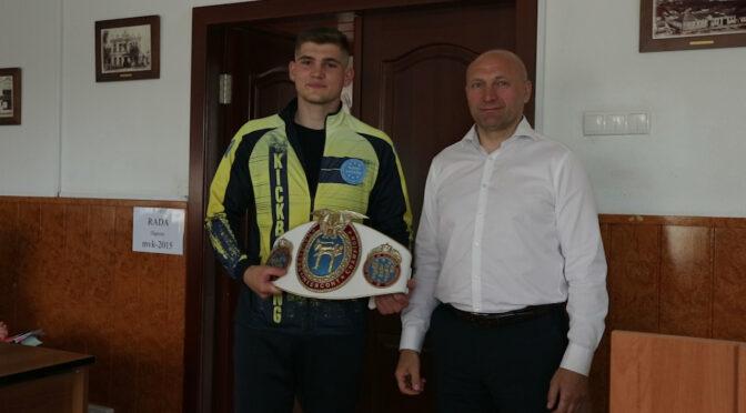 Черкаських кік-боксерів нагородили за значні досягнення