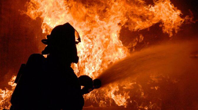 В селі Тинівка на Уманщині невідомий підпалив солому фермеру іноземцю