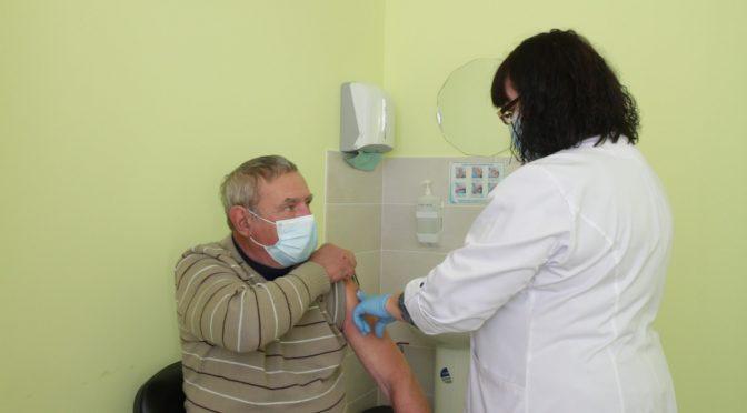 У Черкасах за останній місяць кількість охочих вакцинуватися збільшилася вдвічі